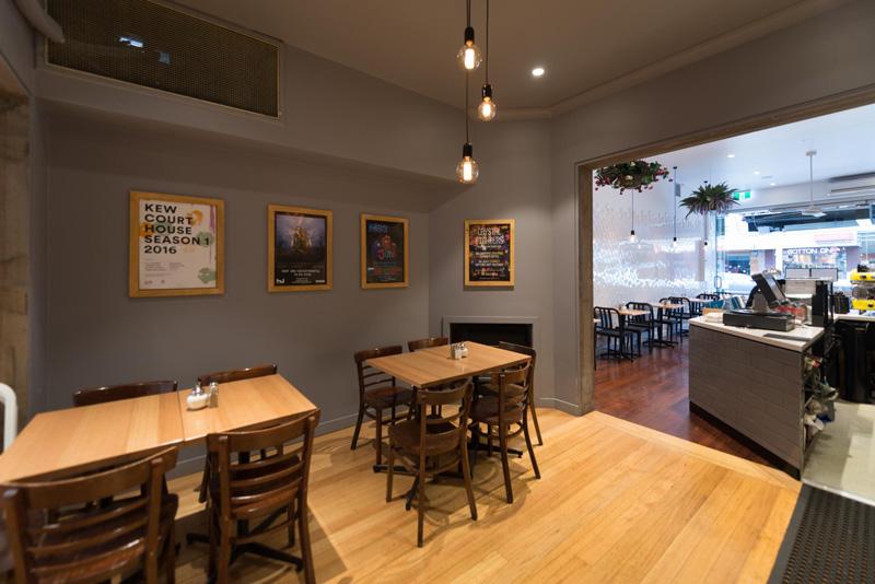 Toscanis-Cafe-Bar-Restaurant-Fitout-Melbourne