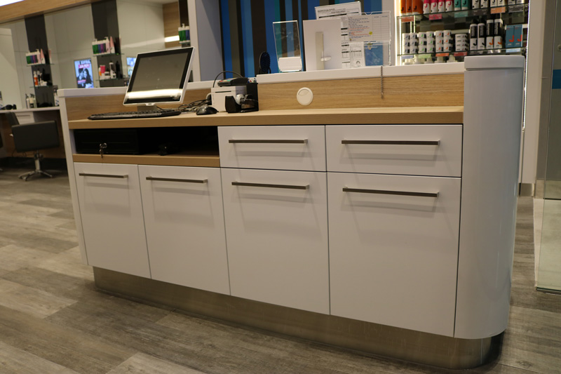 White-Gloss-Joinery-Reception-Counter-Shop-Fit-Out