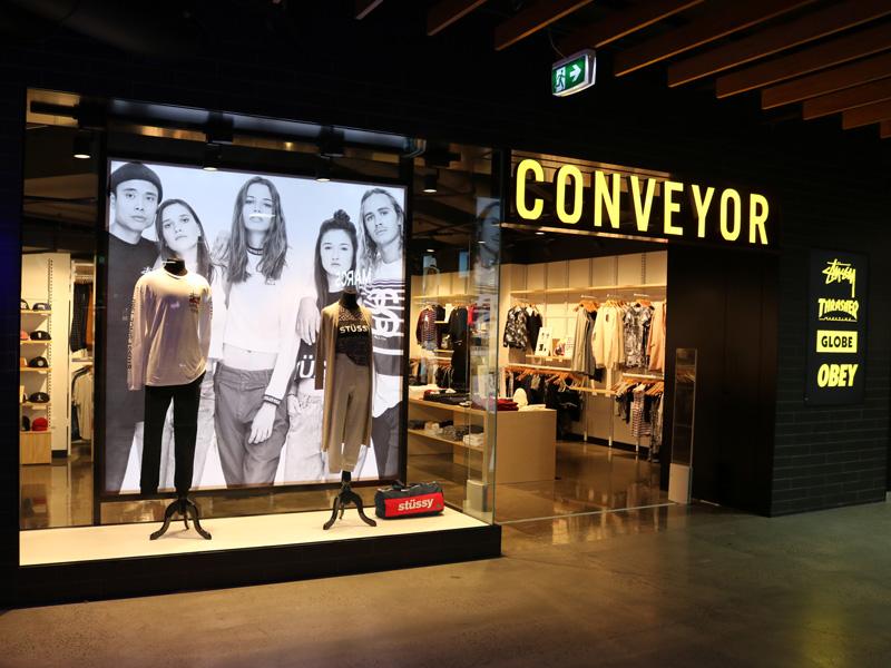 Globe-Australia-Conveyor-DFO-Melbourne-Store