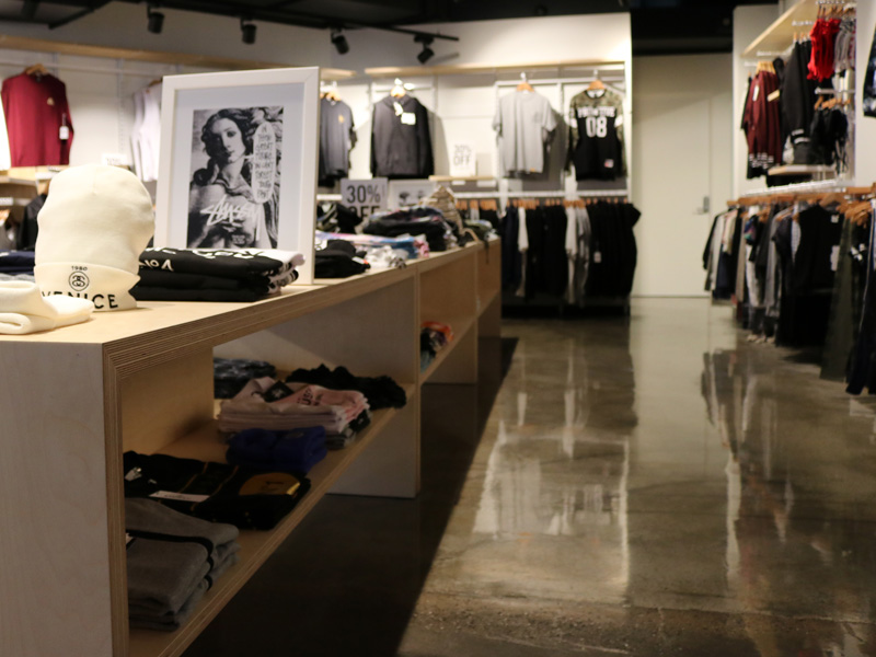 Melbourne-Retail-Clothing-Apparel-Store-Fitout