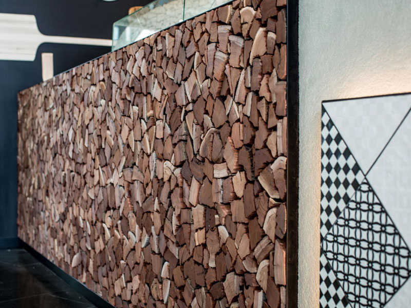 Stacked-Firewood-Timber-Feature-Wall-Melbourne-Cafe-Design